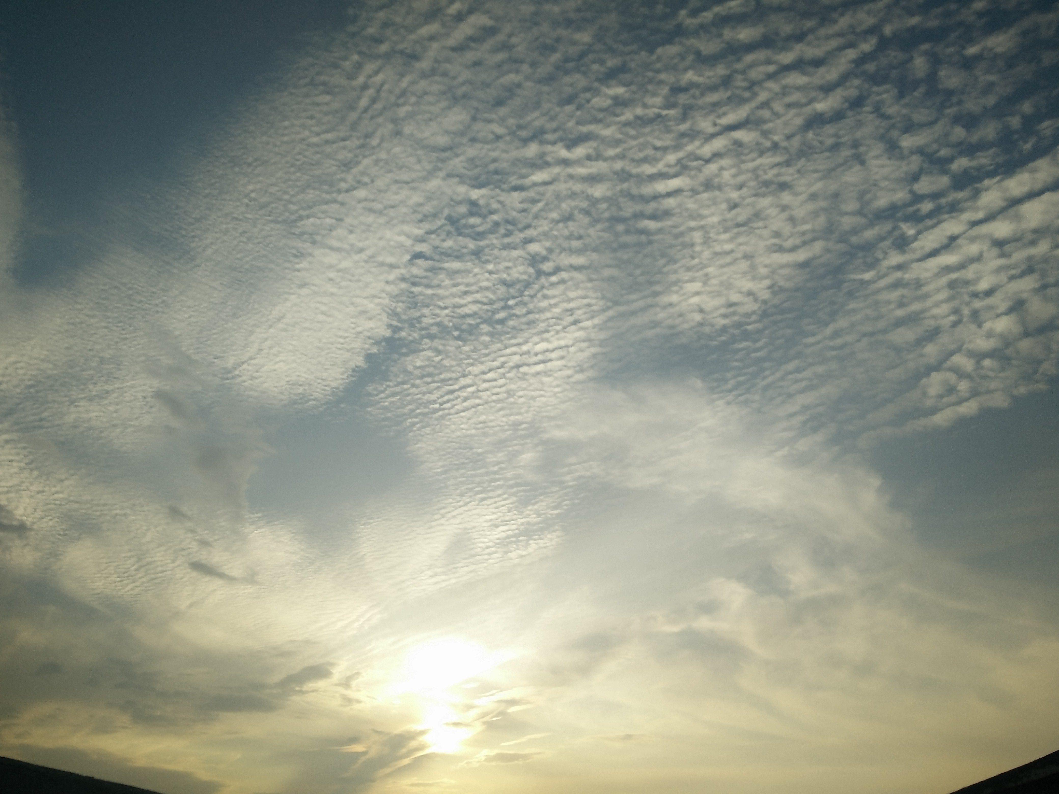 仰望天空,带上一加一氢OS