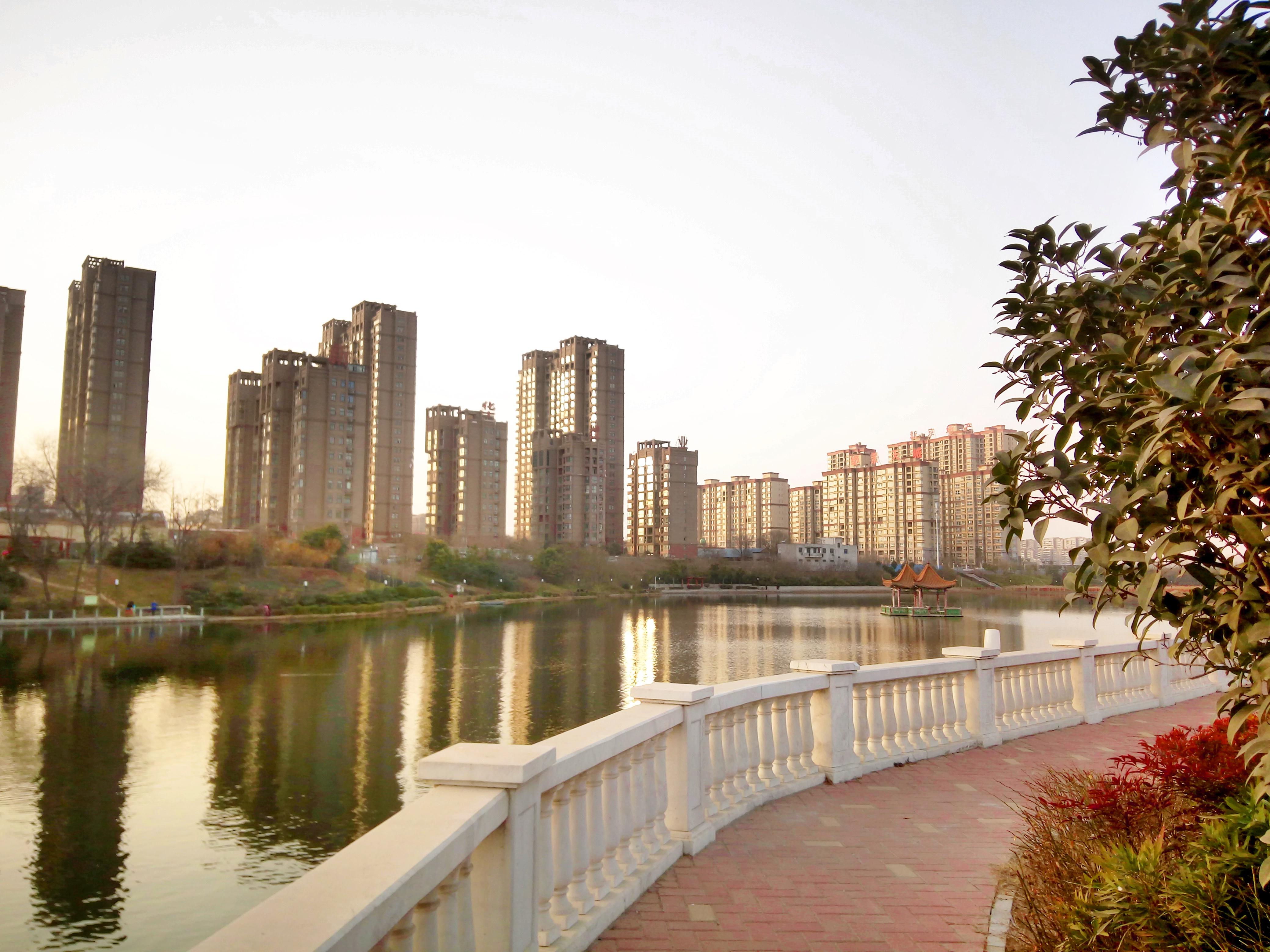 轩辕湖.jpg