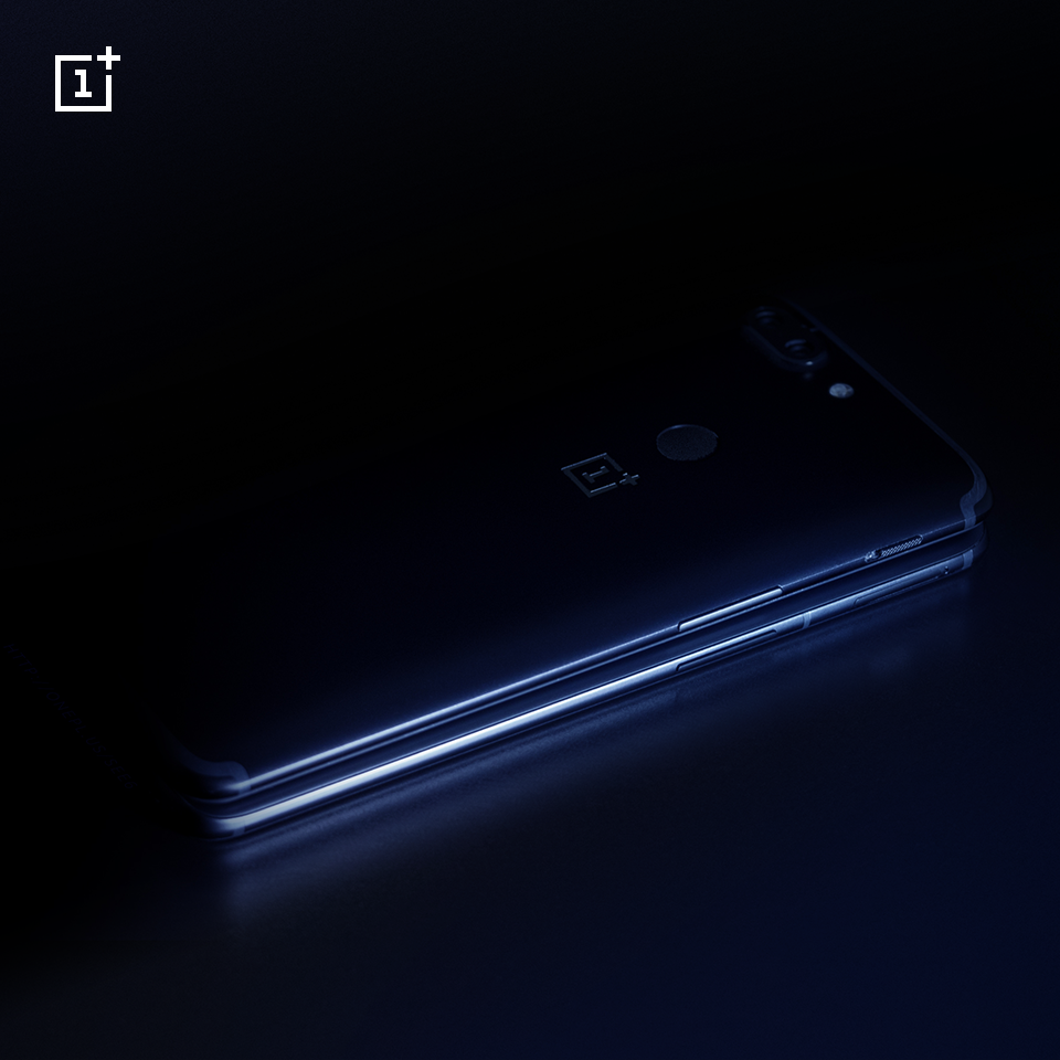 OnePlus 5T VS OnePlus 6.png