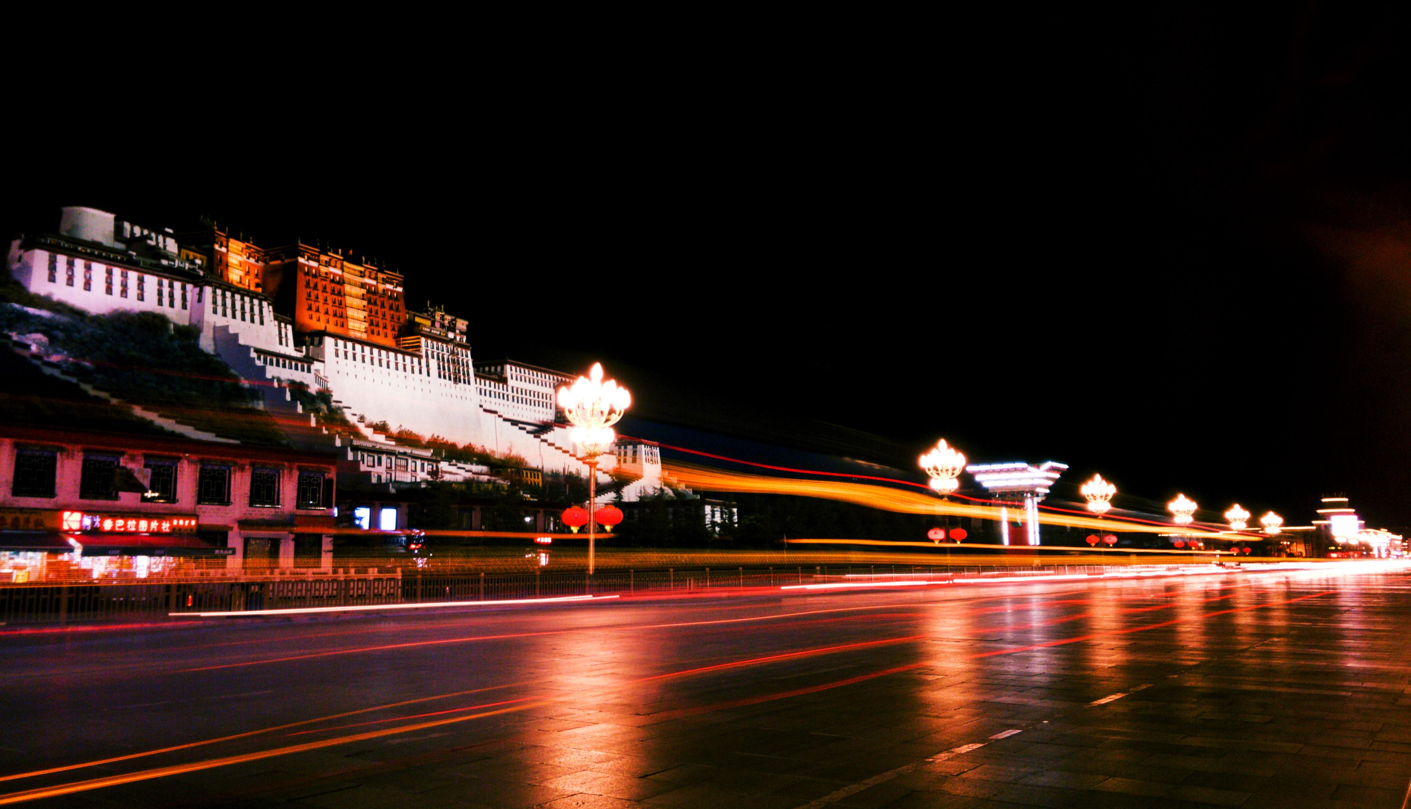 布达拉的流光.jpg