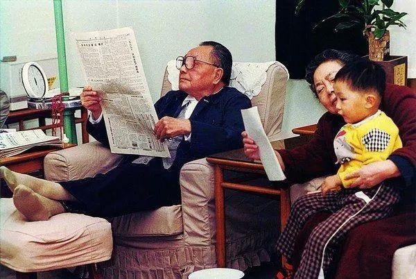 荷赛1988 退下来以后的邓小平.jpg