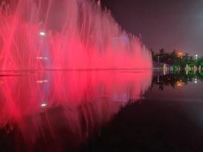 地标,潍坊人民广场