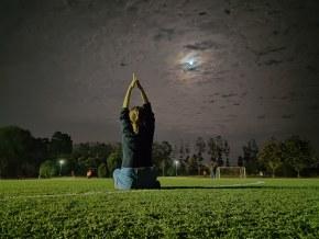明月出天山,苍茫云海间