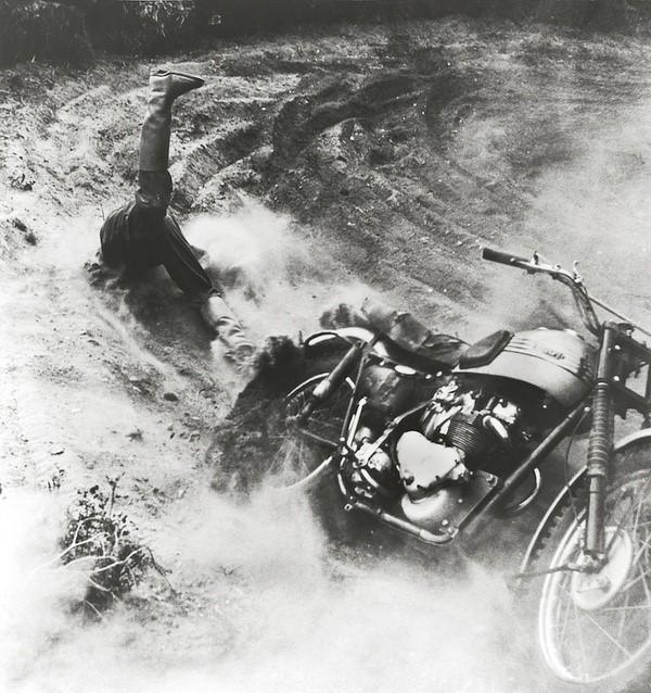 配图2 荷赛1956.JPG