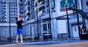 没有不开心是一场篮球搞不定的;如果有,那就两场。